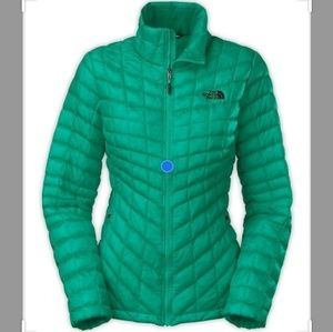 The North FaceLIKE NEW ThermoBall Jacket XL
